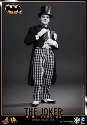 Hot Toys 1/6 The Joker Mime Version Figure for Sale in Chino Hills, CA