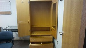 Gordenza wardrobe cabinets for Sale in Tacoma, WA
