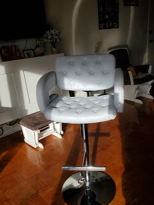 Chair White for Sale in Adelphi, MD