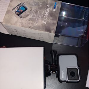 GoPro Hero 7 (white) for Sale in McMinnville, OR