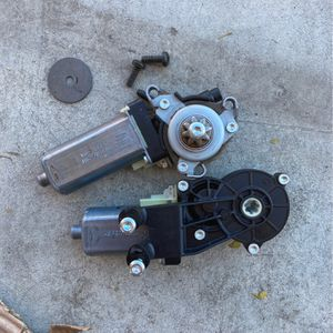 Mercedes Benz C Class Power Seat Motors For Passenger Side for Sale in Perris, CA