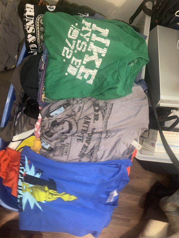 Over 500 items for eBay!!! See description! Nike, Disney, Ralph Lauren etc...