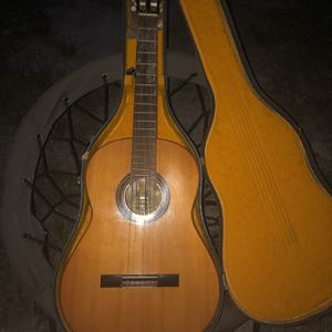 Vintage Yamaha Acoustic Guitar for Sale in King William, VA