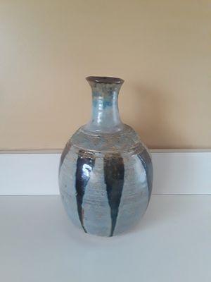 Small Decrotive Vase for Sale in Flossmoor, IL