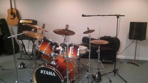 Tama Drum Set, Rockstar Shells With Ludwig Snare - Including Hardware/Cymbals/New Drum Heads and More for Sale in Pataskala, OH