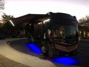 2018 Discovery 40G Diesel Motorhome for Sale in Phoenix, AZ