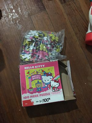 Hello kitty puzzle game for Sale in New Haven, CT