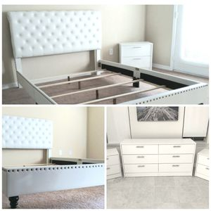 New queen white nailhead bed frame Dresser and two nightstands for Sale in Tampa, FL