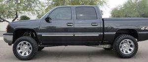 2005 Chevrolet Silverado LT for Sale in Irving, TX
