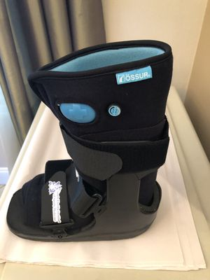 FREE Kids waking ankle cast boot inflatable for Sale in LAUD LAKES, FL