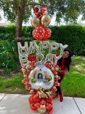 Red Polka Balloons Bouquet 🎈❤️ Birthday Balloons Bouquet 🎈 Globos para Cumpleaños for Sale in Miramar, FL