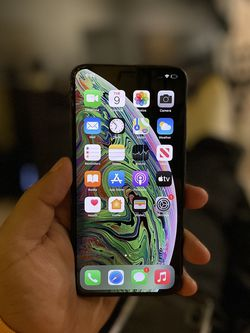 iPhone XS Max Unlocked In Excellent Condition for Sale in Washington,  DC