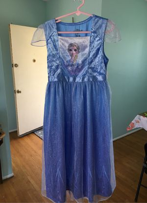 Elsa frozen 2 play dress up for Sale in Whittier, CA