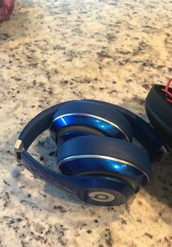 Headphones for Sale in Encinitas,  CA