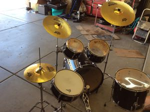Gretchen complete drums set for Sale in Queen Creek, AZ