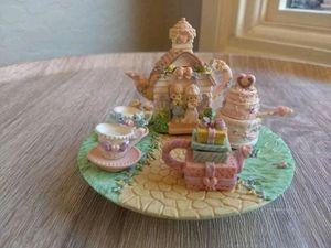 Precious Moments Wedding Mini Tea Set for Sale in Phoenix, AZ