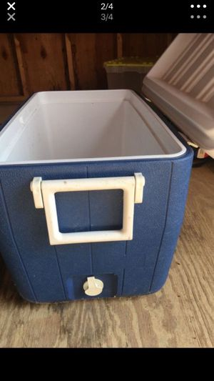 New Coleman 48 quart cooler with drain plug for Sale in McLeansville, NC