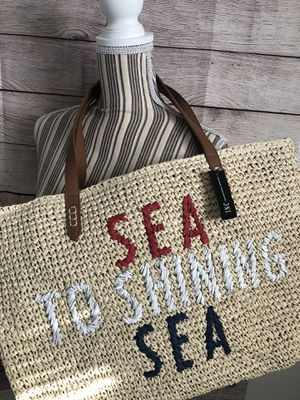 Woven Straw Large Tote Bag for Sale in Baldwin Park, CA