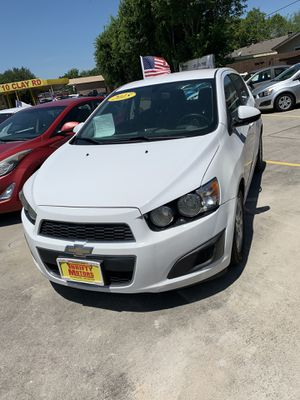 2015 Chevy sonic for Sale in Houston, TX