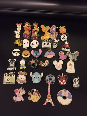 Disney Tradable pins! Pins change weekly!! Halloween, Stitch, Star Wars and many others!! East Orlando for Sale in Orlando, FL