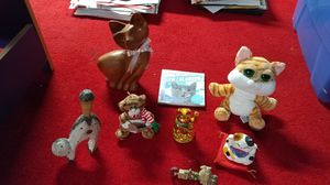 Cat & Cow Collectible Bundle for Sale in East Brunswick, NJ