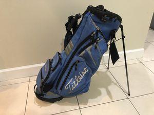 Titleist golf bag for Sale in Doral, FL