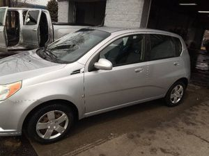 2007 Chevy Aveo 5 LS for Sale in Spring Lake Park, MN