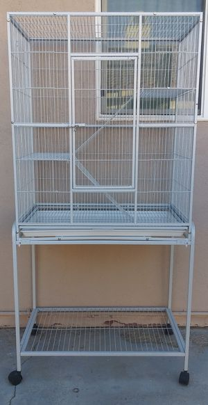 Large Bird Animal Cage w/ Stand for Sale in Desert Hot Springs, CA