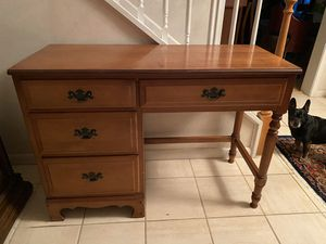 Maple wood Student desk for Sale in West Palm Beach, FL