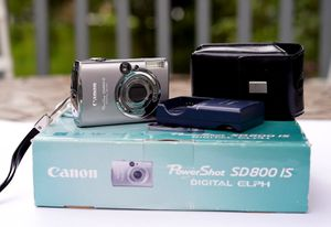 Canon PowerShot SD 800 IS for Sale in Baltimore, MD