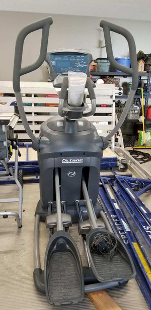 Q37E elliptical machine for Sale in Hillsboro, MO