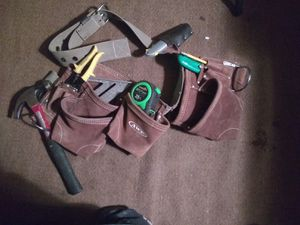 Tool Belt w/basic tools for Sale in Middletown, OH