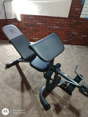 Gold's gym weight bench multiple purpose. for Sale in East Wenatchee, WA