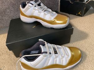 used jordan 11's size 7 y for Sale in New Braunfels, TX