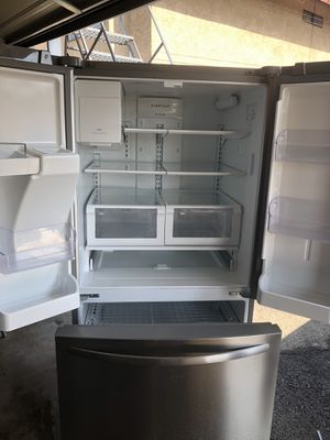 Refrigerator for Sale in Montclair, CA