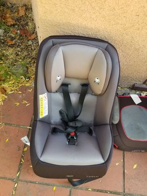 Selling two cars seats great condition for Sale in Berkeley, CA