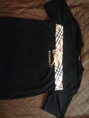 Burberry t-shirt for Sale in Clovis, CA