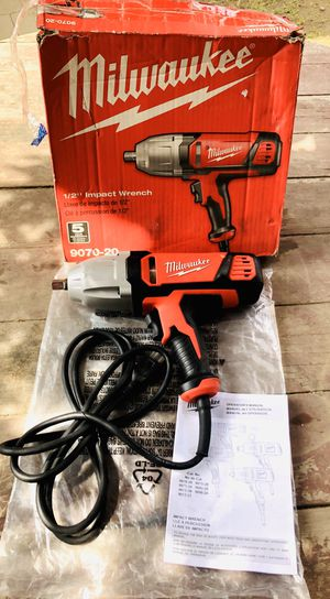 """NEW •• MILWAUKEE 1/2"""" HEAVY DUTY SQUARE DRIVE IMPACT WRENCH •• $160 for Sale in Bakersfield, CA"""