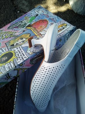 Designer Footware for Sale in Los Angeles, CA