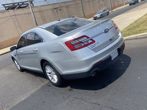 2014 ford Taurus for Sale in Philadelphia, PA
