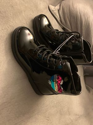 Girl boots size6 for Sale in Des Plaines, IL