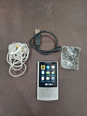 Samsung MP3 Player Loaded with tons of Gospel Music for Sale in Glendale, AZ
