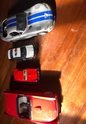 CARS COLECCIÓN (Dodge Viper Gts , 55T-Bird, 1955 Ford thunderbird , 2010 Dodge Charger for Sale in Miami, FL