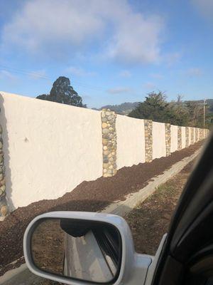 Se asen trabajo de Stucco diferentes terminados y se pega todo tipo de piedra ESTIMASIONES GRATIS para más informasion mandar msj preguntar por leo for Sale in Watsonville, CA