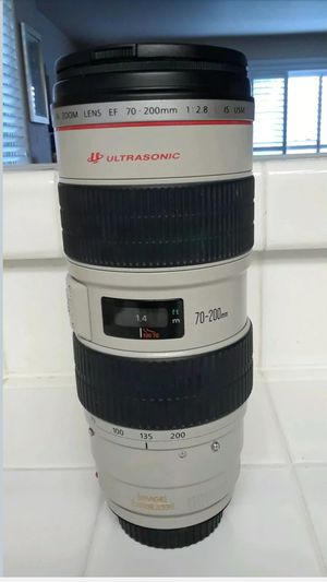 Excellent condition Canon EF 70-200 f/2.8L IS USM for Sale in New York, NY