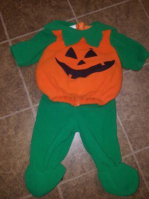 Baby pumpkin jack-o'-lantern Halloween costume for Sale in Methuen, MA