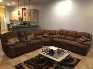 Recliner Sectional for Sale in Tampa, FL