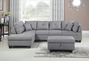 New Light Grey Silver Sectional Set with Ottoman for Sale in Hacienda Heights, CA