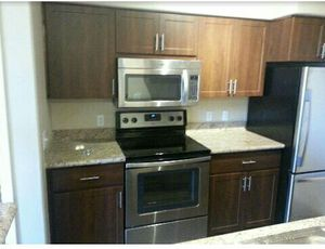 Kitchen cabinets! for Sale in Phoenix, AZ