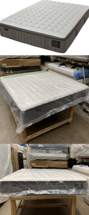 STEARNS AND FOSTER ESTATE GARRICK LUXURY CUSHION FIRM CALIFORNIA KING PILLOWTOP MATTRESS ! SEALED for Sale in Glendale, AZ